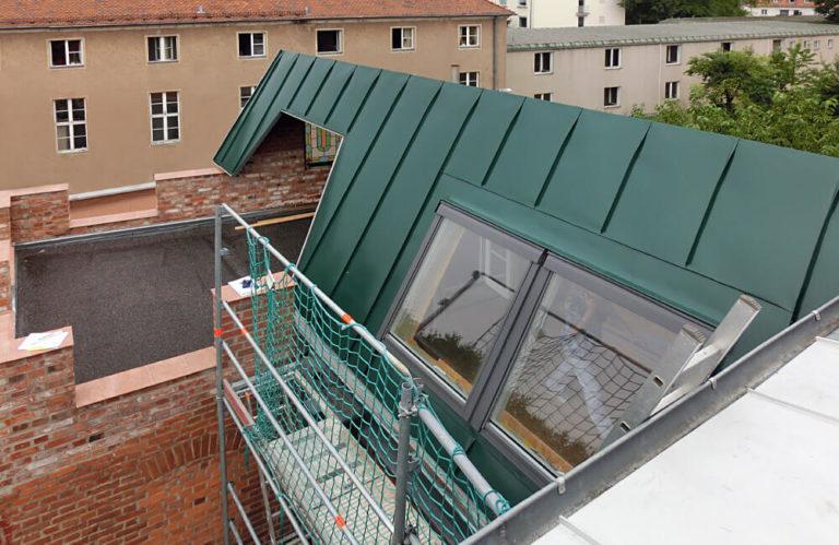 Referenzen Metalldach - Max-Bohn GmbH aus Bayreuth